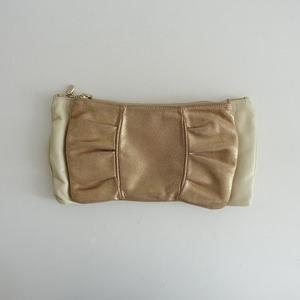 ■セルヴィッジ selvedge. *リボン型 3wayレザークラッチバッグ*金ゴールドベージュ皮革手提げ肩掛けショルダーかばん鞄0421【91D12】