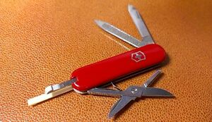 * VICTORINOX  мульти-  инструмент  нож   Victorinox   армия  нож   база данных  TEIN  Меньше  *  красный