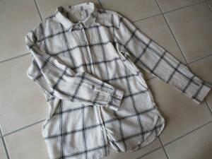 良品・H&M エイチアンドエム・白系格子柄チェックのシャツ170Lサイズ