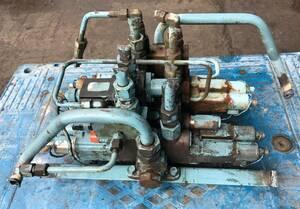 electromagnetic ., solenoid valve(bulb),uchida oil hydraulics,NACHI un- two .,[ medium sized paka car from detached ]