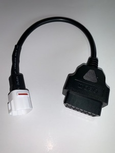 ODB2 診断ケーブル   4 ピン アダプターケーブル ヤマハ FJ09 FZ09 MT09 FZ-10 MT-10 XSR900 R6 R1 900/GT ETC