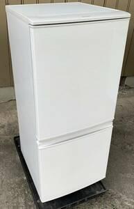 福岡市内送料無料 17年製 137L 2ドア冷凍冷蔵庫 SHARP シャープ SJ-D14C-W つけかえどっちもドアタイプ 学生 一人暮らし 単身