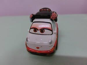 ディズニー カーズ おくに チョロQ タカラトミー CARS OKUNI オクニ 芸者 TAKARA TOMY2009 トミカ ミニカー