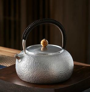 YH002【煎茶道具】純銀 銀瓶 急須 職人手作り シルバー 銀製 伝統茶道 金属工芸品 証明書付き 幅12.5cm 重さ450g