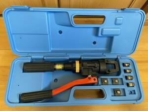 ■泉精器 IZUMI 超美品 手動油圧式 圧着端子用 9H-60 ダイス揃っています 使用頻極少■