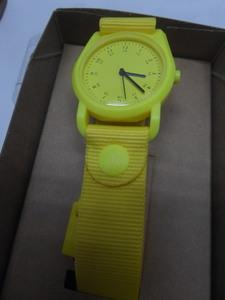 新品 movement in motion 腕時計【保証書付】3針 tic tac電池交換して