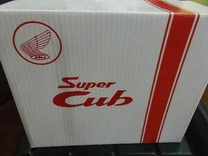 スーパーカブオリジナルヘルメットの箱 スーパーカブ60周年記念ヘルメットの箱