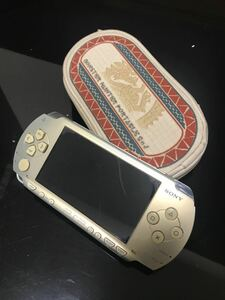 PSP(PlayStationPortable)本体、ケース1個、ソフト5本セット
