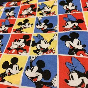 ミッキーマウスミニー ニット布地 135×90位ハギレ