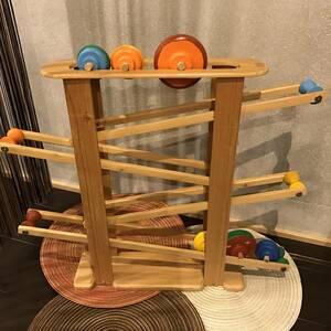 ハンドメイド 手作り ウッド 木工 子どもの知育玩具 ジグザグコロコロ遊び コマ6個セット