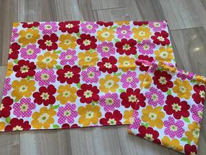 ●ハンドメイド●花柄 ランチョンマット40×60&巾着袋