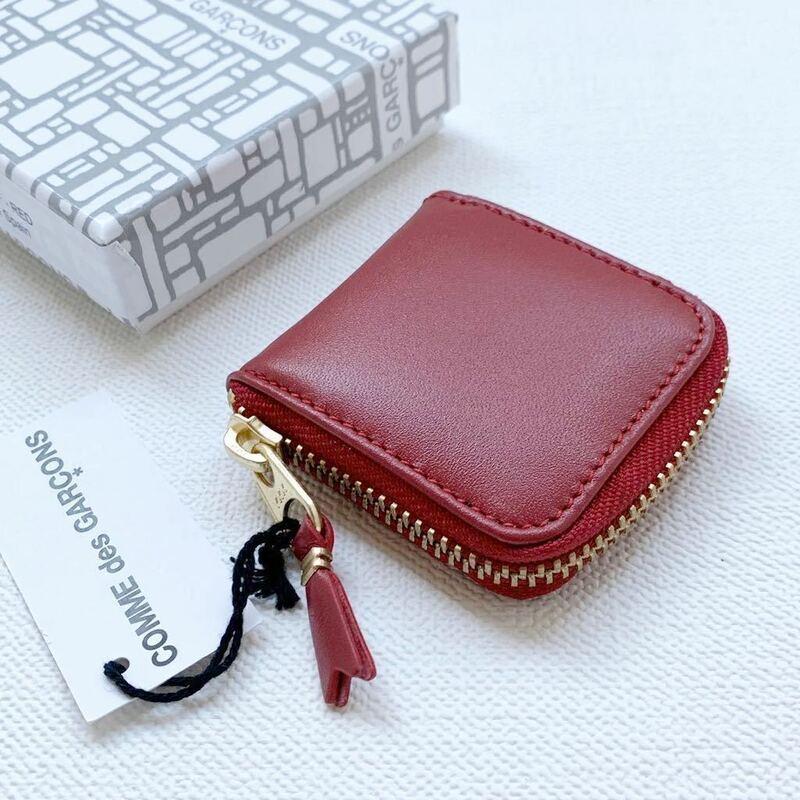 新品 コムデギャルソン ウォレット ミニ コインケース SA4100 小銭入れ 赤 レッド Wallet COMME des GARCONS スペイン製 最小モデル