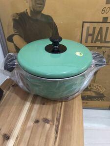 新品未使用レトログリーン 緑 ホーロー鍋
