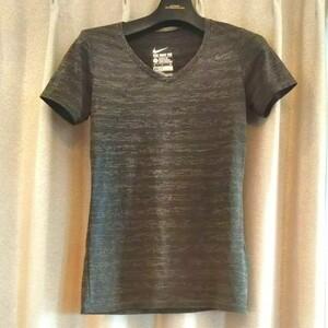 NIKE トレーニングウェア Tシャツ