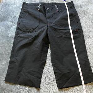 W2F黒b マンシングウェア デサント ハーフパンツ 日本製 ゴルフウェア パンツ