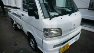 Miyazaki city, Daihatsu Hijet Truck 4WD,AC,PS, packing for agriculture, light truck