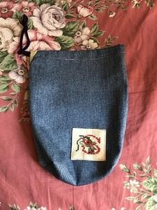 ハンドメイド 刺しゅう入り 巾着 Sのロゴ入り 手作り 約6㎝マチ入り 幅約19㎝ 縦21㎝
