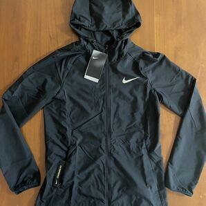 新品 定価8800円 Mサイズ ナイキ NIKE レディース トレーニング ランニングジャケット 黒 ブラック ウインドブレーカー