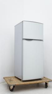 【タカラ電機】 SHARP シャープ 冷凍 冷蔵庫 118L 2ドア 2016年製 SJ-H12Y-S 高さを調節できるガラストレー ■お引き取り可:東村山市