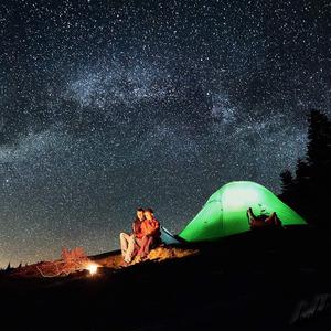 【グランドシート付きペアテント】 2人用 グリーンカラー 超軽量 前室あり 簡単設営 コンパクト 通気性 防水 キャンプ 旅行 登山