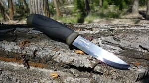 【バトニング可能】 シースナイフ カーボン 刃厚3.2mm 切れ味抜群 切断 引きがし 調理 料理 アウトドア包丁 キャンプ サバイバル 釣り