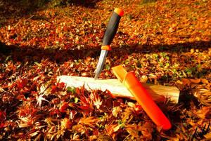 【刃厚2.5mmのステンレスシースナイフ】 水場での使用 切れ味 調理 料理 アウトドア包丁 キャンプ サバイバル フィッシング オレンジ