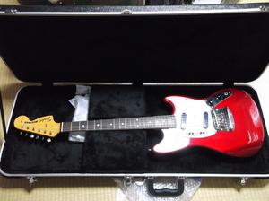 Fender ムスタング フェンダージャパン 神田商会・ダイナ楽器製造 Made in Japan表記 ハードケース新品付き