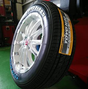 車検対応 ハイエース 200系 タイヤホイール 17インチ BD12 TOYO H20 ホワイトレター 215/60R17