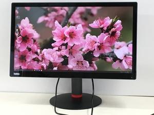 美品4K lenovo Think-vision 28型液晶モニタ- Pro2840mD 3840×2160 高さ調整 縦回転(管:2C-M)