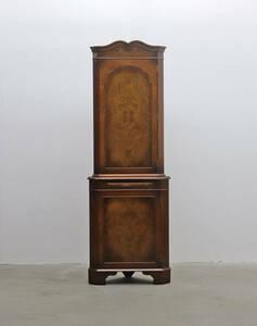 ◆英国 イギリス Burton reproductions Limited クラシカル コーナーキャビネット 収納 食器棚/ヴィンテージアンティーク洋館/KDK18111◆