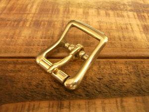 バックル 真鍮 無垢 ブラス 18mm レザー ベルト 革 1.8cm 美錠 尾錠 日型 カスタム レザークラフトに 056