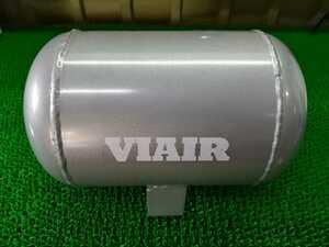 【新品未使用品】ユニバーサルエアー VIAIR エアサス タンク partNO.91010 1.0 GA.TANK UniversalAir 1ガロン 1GAL