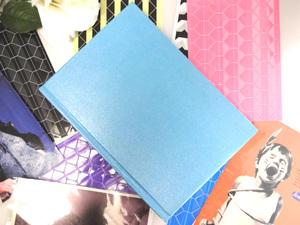 即決送料無料!アルバム 見開き 水色 レインボー台紙 写真 デコレーション スクラップ スクラップブック 記念 思い出 赤ちゃん 恋人 n