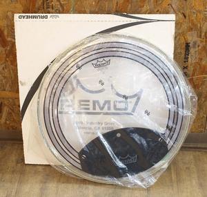 未使用 長期保管品 REMO/レモ ドラム ヘッド PW-1322-00 パワーソニック クリア ミュートパッド付 バスドラム 打楽器