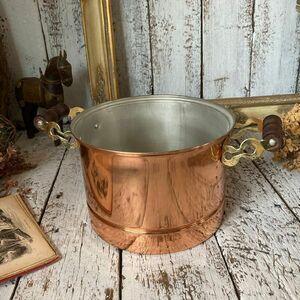 ヴィンテージ デッド未使用*古い純銅 槌目 両手鍋20cm*ウッド木の取っ手 銅鍋 寸胴鍋*キャンプ アウトドア*ビンテージ*アンティーク古道具