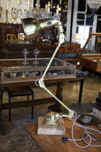 アンティーク 照明 デスクランプ テーブルランプ 真鍮  フランス フレンチ 店舗にも