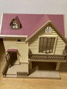 シルバニアファミリー ぶどうの森の家エポック社USED&人形・小物セット・シルバニア ・うさぎさん・動物・幼児おもちゃ・玩具・ごっこ遊び