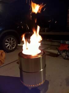 ☆新品未開封 フレイムストーブマックス 焚火台 アウトドア ストーブ コンロ 焚き火 キャンプ BBQ 二次燃焼 持ち運べる収納袋付き