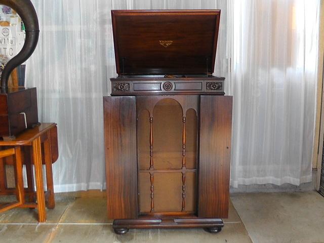 ★(値下げしました。)★VV8ー30型、後期型ビクトローラークレデンザ蓄音機★整備済み完動品です。★