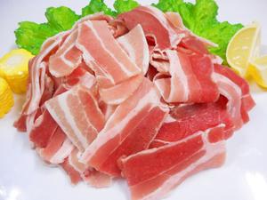F★お買い得★豚バラカット/1kg◆炒めもの・煮物に♪厳選輸入豚◆
