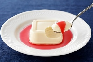 【送料無料】石屋製菓 白い恋人 ホワイトチョコレートプリン 【幻のお菓子】