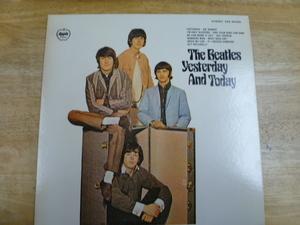 ●○THE BEATLES/ビートルズ LP盤 レコード 「イエスタデイ・アンド・トゥデイ」 EAS-80568○●