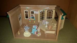 シルバニアファミリー:森の幼稚園 保育所 お部屋でパーティ アヒル 赤ちゃん 他 小物 IESO/オクパナ