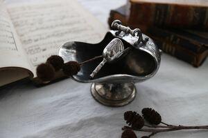 シュガーポット イギリス 英国 シルバープレート 銀 雑貨 テーブルウェア インテリア 什器 撮影小物 カフェ 紅茶 ディスプレイ 刻印