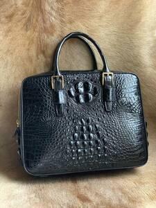 特撰上質 クロコダイル レザー ワニ革 多機能 A4書類対応 ビジネス鞄 ブリーフケース 出張用 通勤 メンズ ハンドバッグ 黒