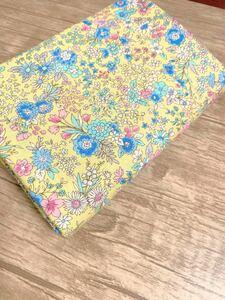 スケア生地 ボタニカル 花柄 綿100% 2mカット