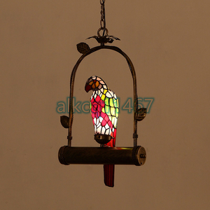 特売★品質保証 ステンドランプ ステンドグラス 鸚鵡 オウム 吊り下げ照明 ペンダントライト ティファニー 装飾品◆工芸品◆照明C-189