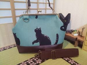 気まぐれ 猫 黒猫 モスグリーン かわいい ネコ がま口 3way ショルダー バッグ ハンドメイド 手提げ 斜めかけ 和装 着物 長財布 入ります