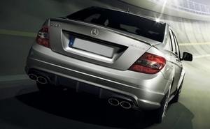 ◆ ベンツ C W204 C63 AMG リア バンパー C200 C250 C300 2007~2011 前期 スポイラー エアロ ディフューザー セダン 穴 無