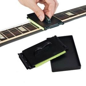 U1206:人間工学 エレキギター ベース弦 スクラバーこすり クリーニング メンテナンス ケア ギター 弦クリーナー 楽器 アクセサリー